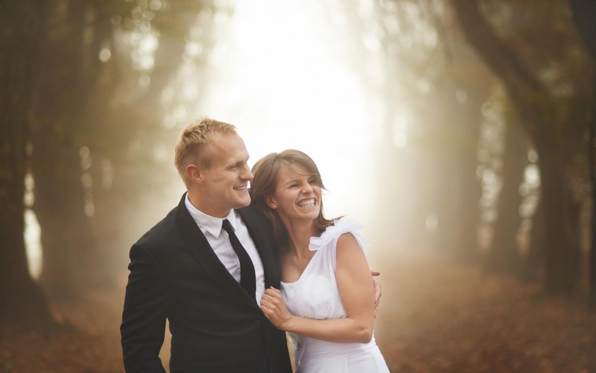 Plener ślubny w mogilanach, rustykalny ślub